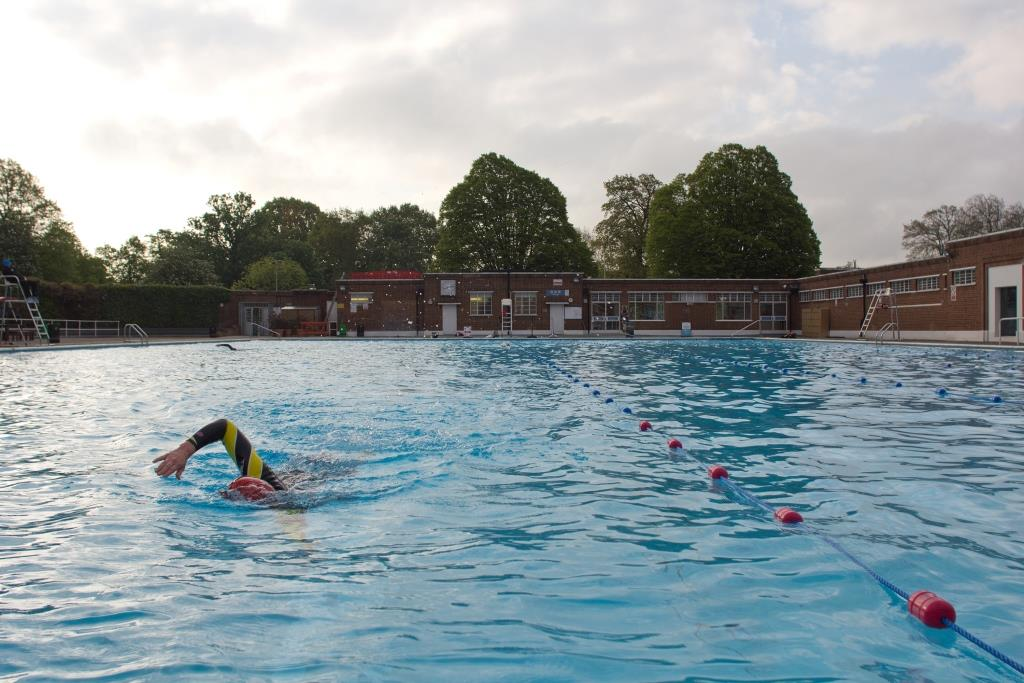 Swimming at the Brockwell Lido. Photo by Alistair Hall.
