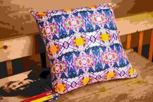 bead_block_archie mac_cushion