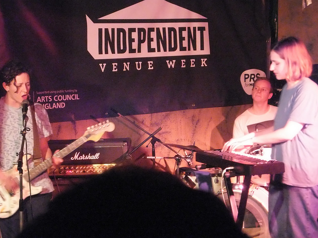 Micachu & The Shapes at the Windmill. Photo by Richard Pearmain