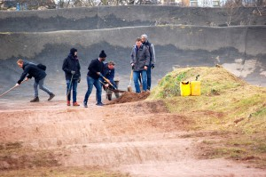 Club members clearing the BMX bike track at Brockwell  Park (Sandra Brobbey for the Brixton Blog)