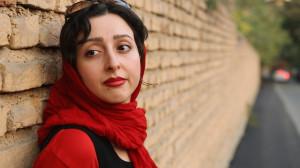 Sara Najafi in No Land's Song