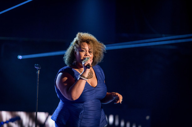Lara Lee singing on The Voice. Photo credit: BBC