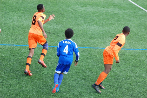 Lambeth Tigers (in orange kit) in action against Thamesmead in London FA Youth Cup.