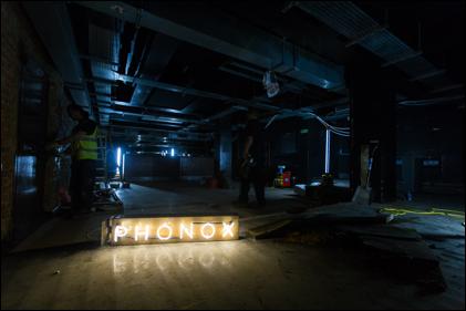 Phonox Plan B