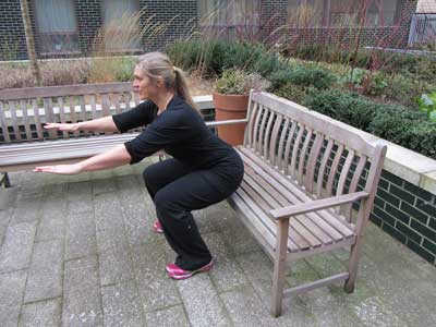 Exercise Squats on a bench