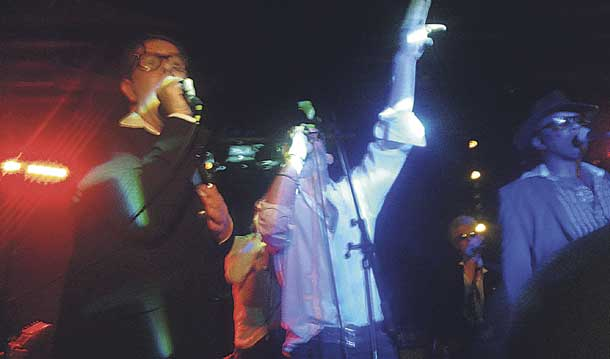 The Alabama 3 perform at the JAMM
