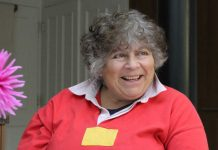 Actor Miriam Margolyes supports Age UK Lambeth's christmas appeal