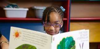 Young reader on Beanstalk programme