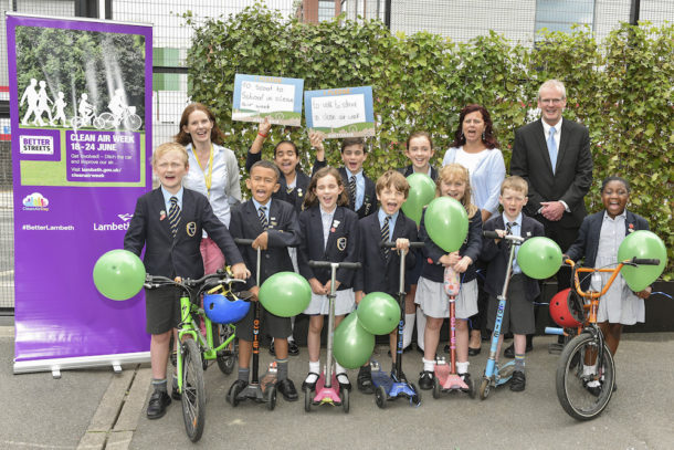 2018-06-20 Students and (adults L-R) Bernie Leyland, parent, Cllr Claire Holland and Robert Coyle, head teacher at the launch of a Green Screen at Corpus Christi Catholic School during Clean Air Week. Photo by: © Magnus Andersson www.magnus-andersson.com