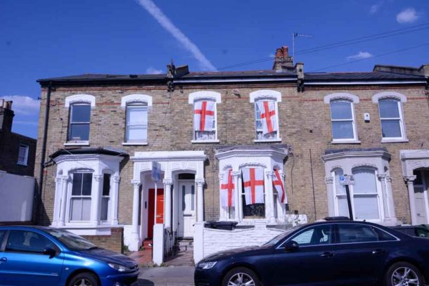 England flags on Rattray Road