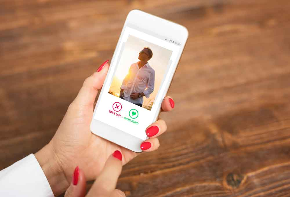 Tinder on mobile phone