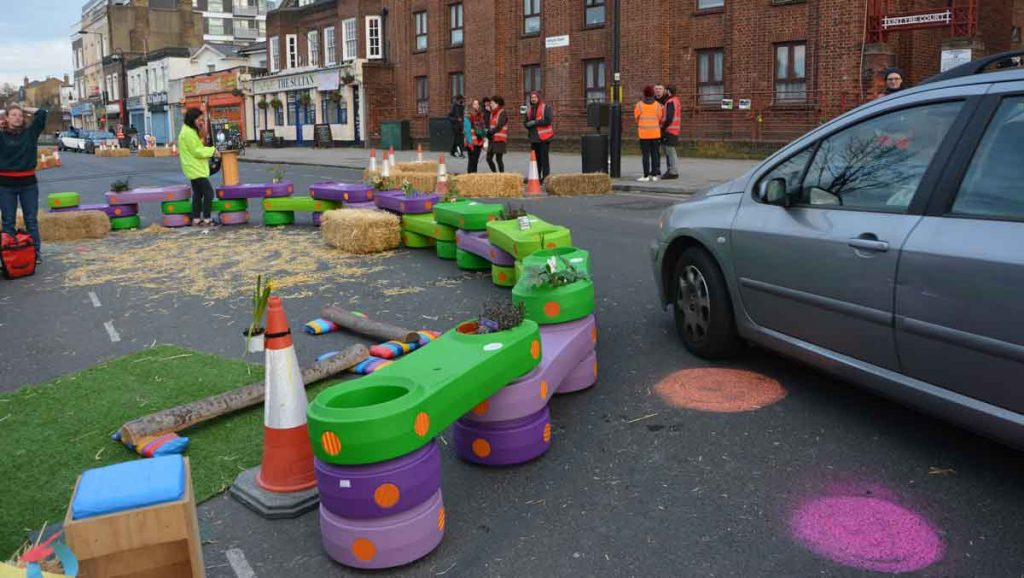 Testing road calming in New Park Road