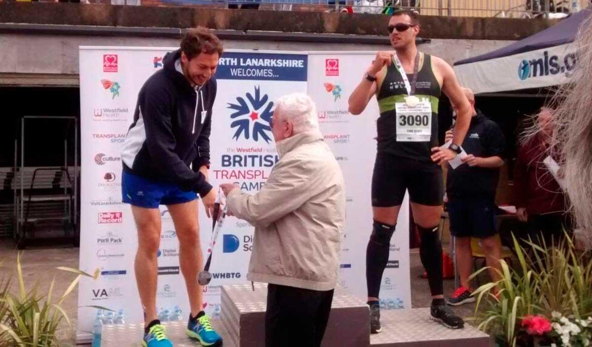 Martin runs marathon for kidney charity