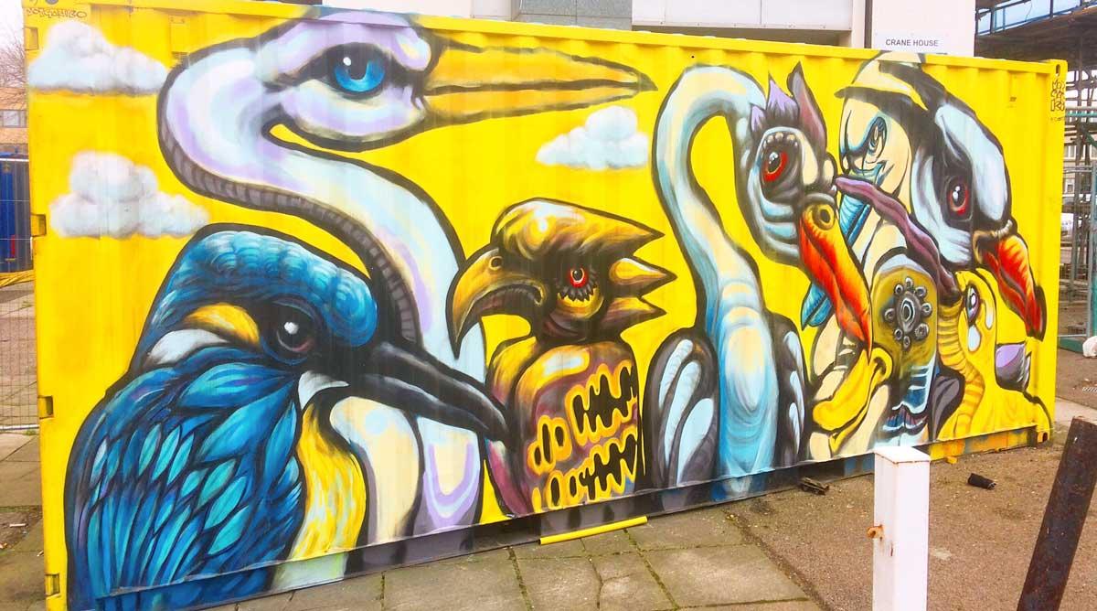 street art of birds by Morgan