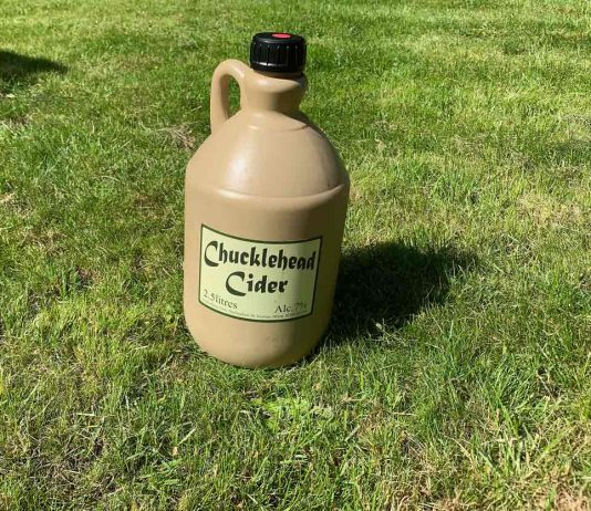 Chucklehead cider flagon