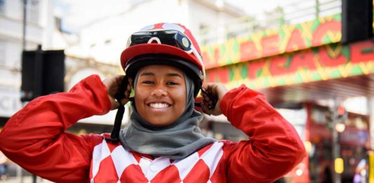 KHADIJAH_MELLAH the first British Muslim woman to ride at Goodwood