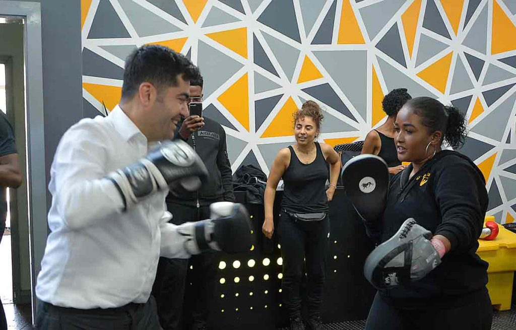 Ibrahim Dogus tries boxing training
