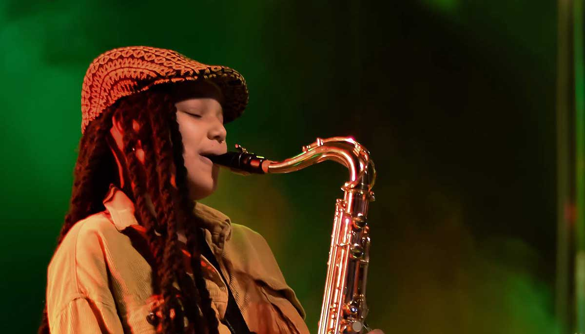 Keahnne Carlita Whitby 17-year-old sax player