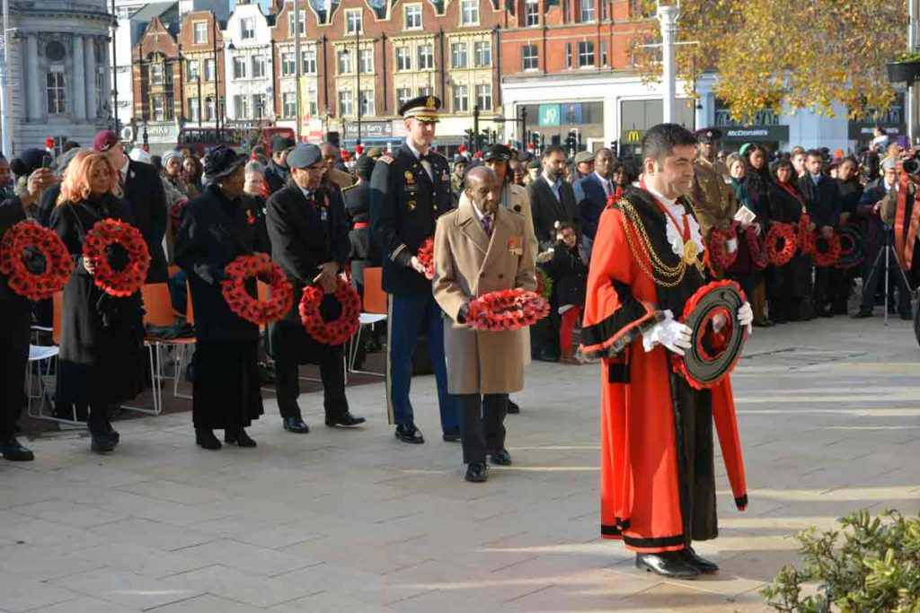 Lambeth mayor Ibrahim Dogus wreath laying