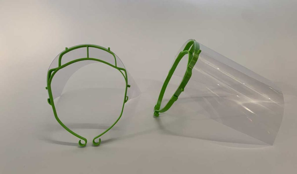 visor screens added to 3-D printed face masks