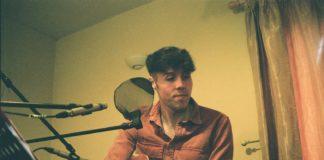 Musician Richard O'Gorman aka Tootawl with guitar