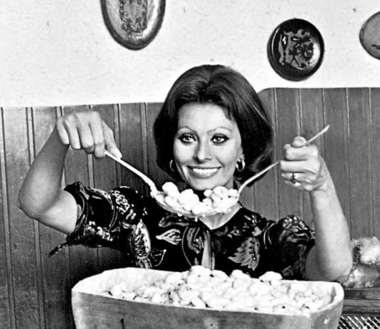 Sophia Loren with pasta