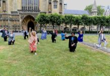 MPs take the knee outside the Houses or Parliament in Westminster