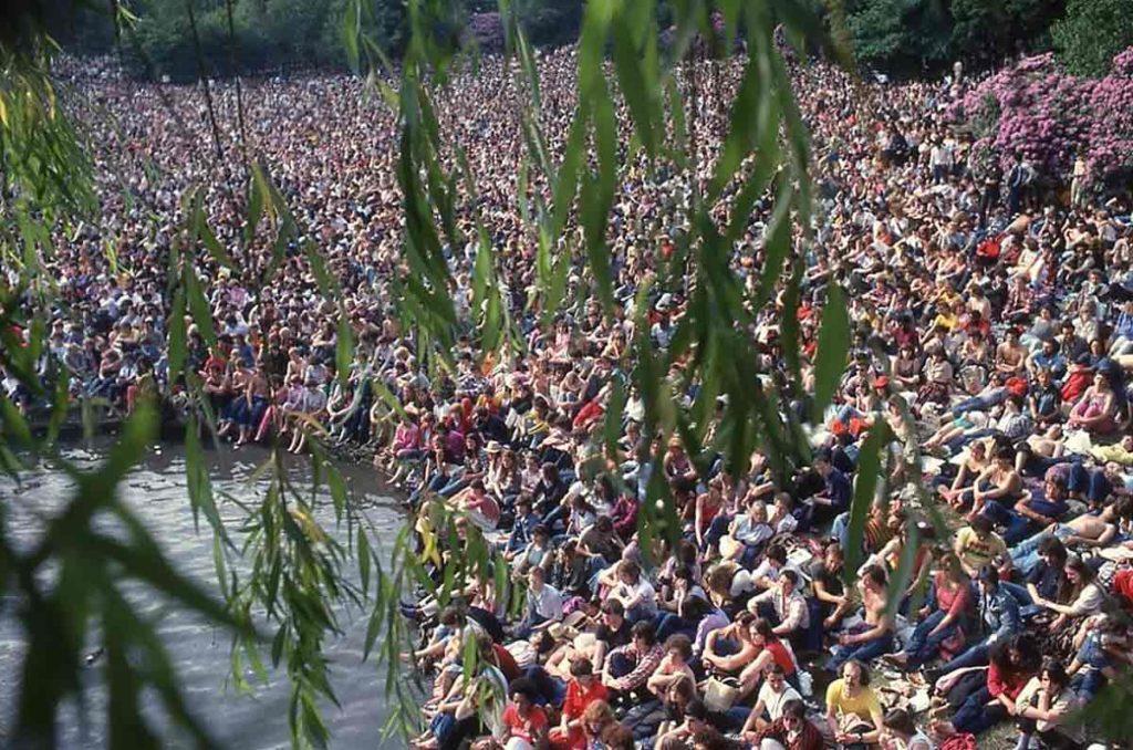 The crowd at Crystal Palace<br />Image ©Copyright Lorenzo Maffei