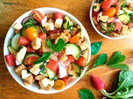 panzanella salad in bowl