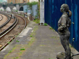 statue on platform