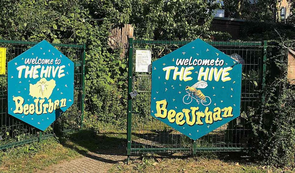 bee urban signs