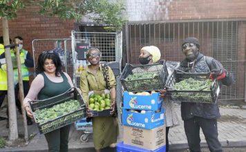 volunteers with food supplies