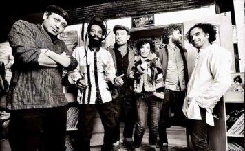 mono pic of band