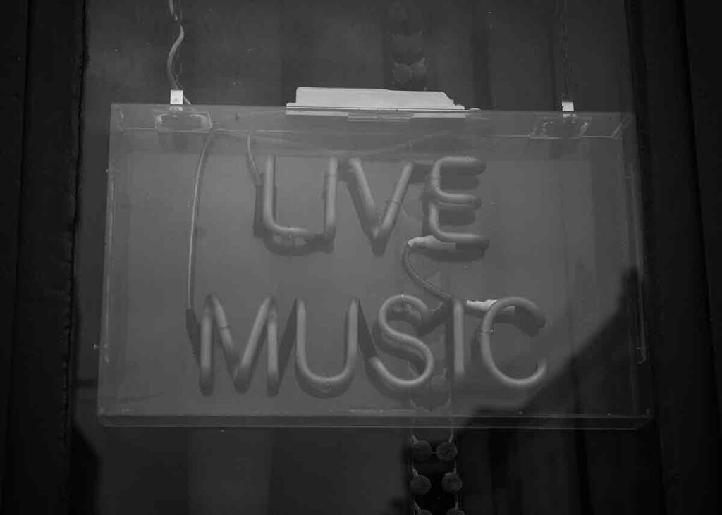 neon sign Live Music
