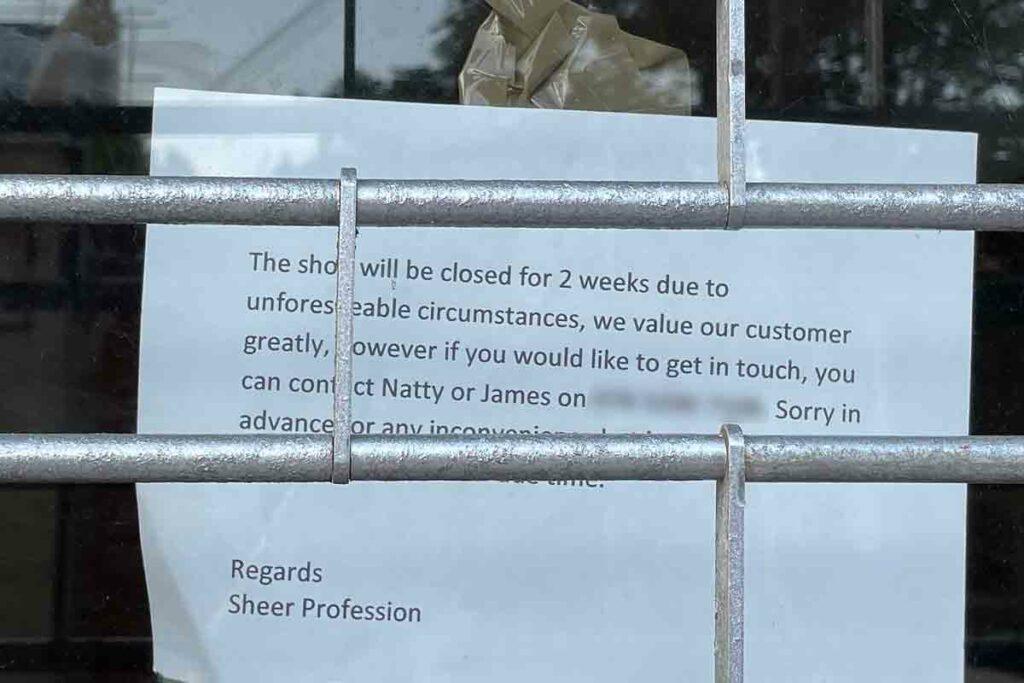 notice in window