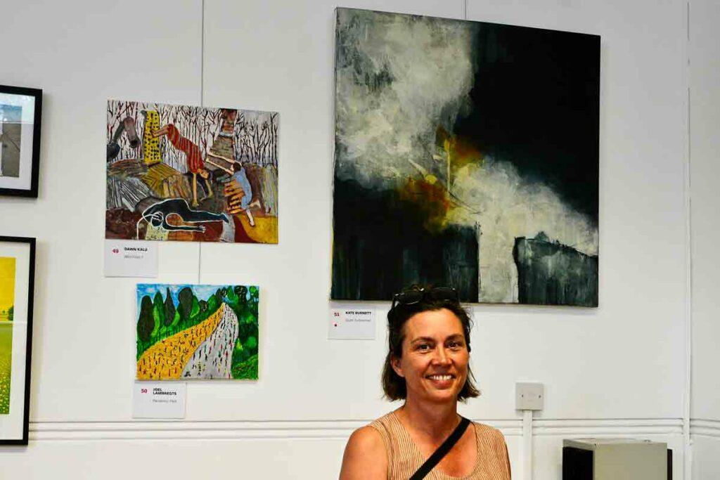 woman at art show